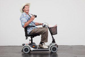 Zerlegbarer Elektro Scooter für Senioren
