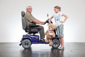 Elektrofahrzeug für Senioren fahren ohne Führerschein