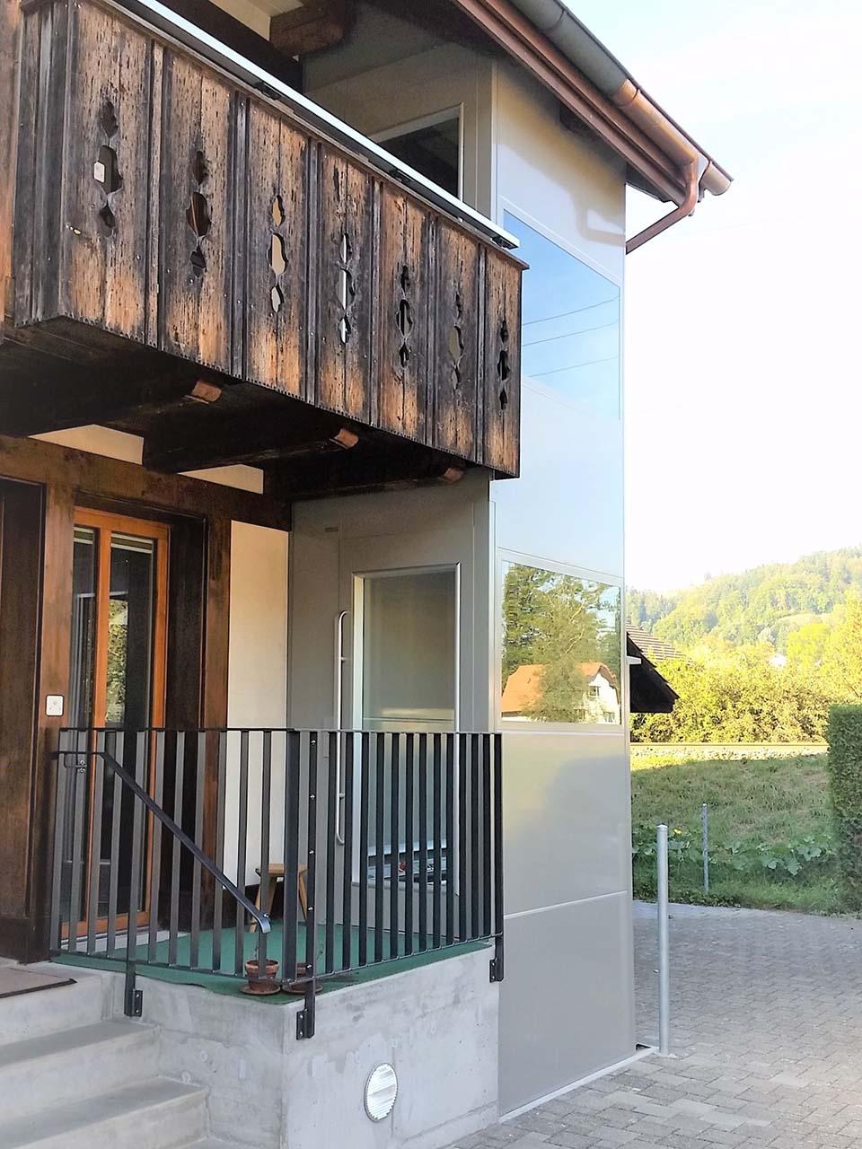 Liftanbau bei Riegelhaus in Lützelflüh für Rollstuhlfahrer