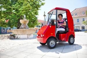 Elektromobil GC solo für Senioren, fahrbar ohne Führerschein, mit geschlossener Kabine