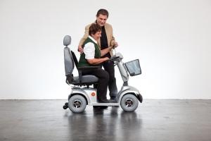 Seniorenmobil GC-5 elektro, sehr beliebt bei Frauen, ideal zum Einkaufen, Geschwindigkeit bis 10 kmh