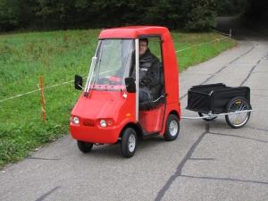 Seniorenmobil GC solo, mit Kabine und Dach, kann auch mit Anhänger geliefert werden